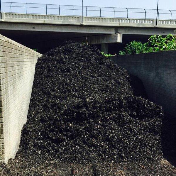 Black Carpet Mulch